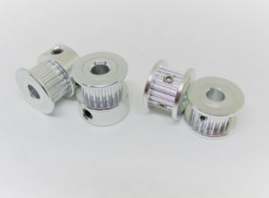 PU.GT2X6.20T Pulleys GT2x6mm 20 tooth 5mm bore showing regular and short versions